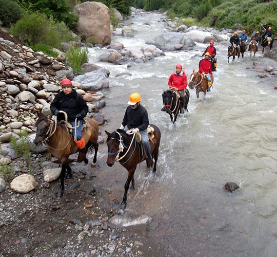 Cabalgata para exploración de montaña